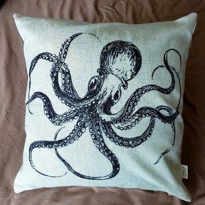 Cotton/linen octopus throw pillow cover